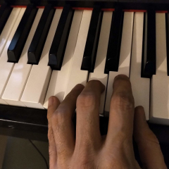 Played, too little, piano